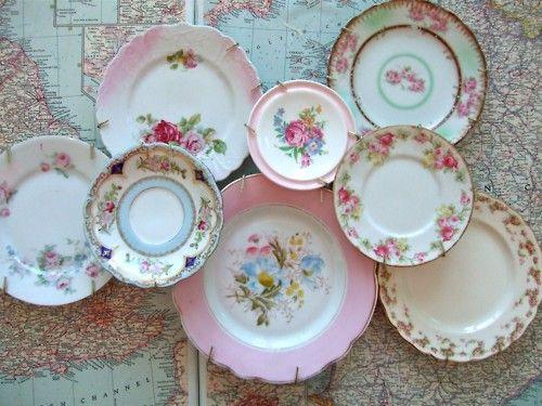 Beautifully grouped vintage plates