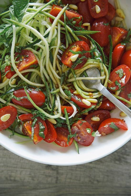 Zucchini Noodles with Basil Balsamic Marinated Tomatoes by thefirstmess via a houseinthehills #Zucchini #Noodles #Tomatoes #GF
