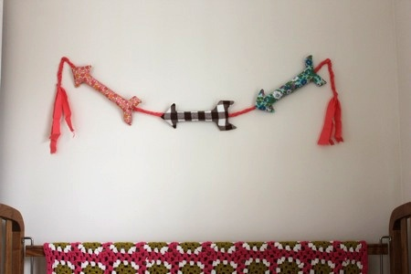 arrow garland. i love this SO SO SO much.