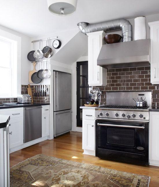 Kitchen 3 - Industrial - Kitchen - Images by Urrutia Design