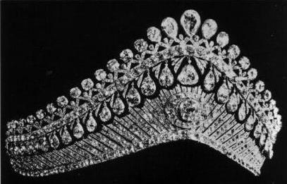 تيجان ملكية  امبراطورية فاخرة Ffc5360d35e71cb0e84fc0a984b6bd60