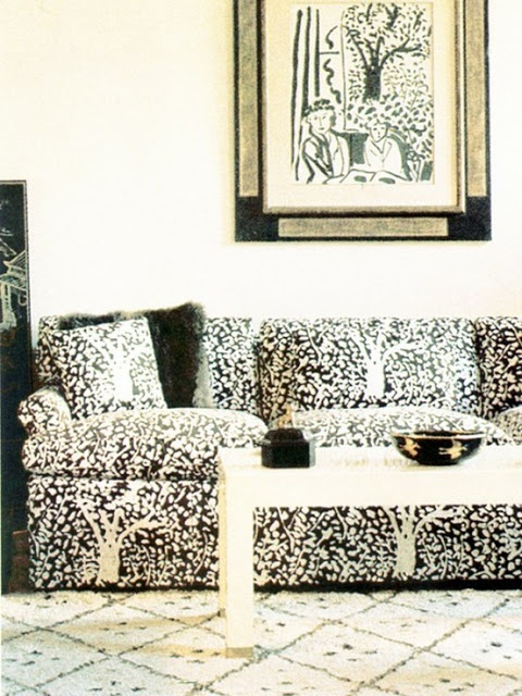 Luxuriate in the Living Room. Black and white. Interior Designer: Billy Baldwin.