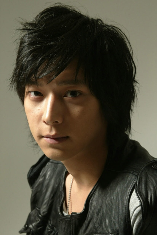 Kang Dong Won (Korean star)