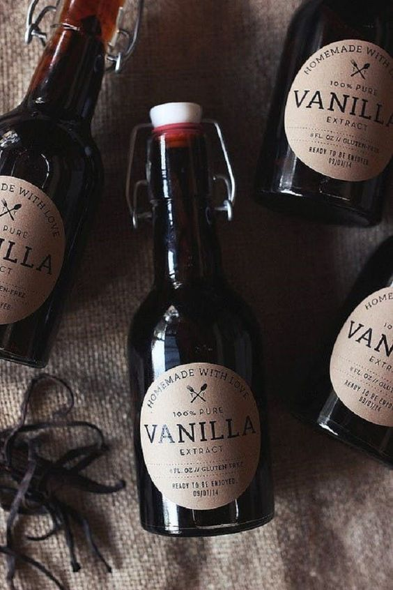 vanilla extract winter wedding favor
