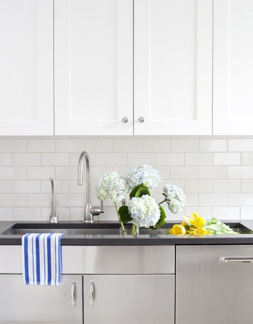 Different colors of subway tile