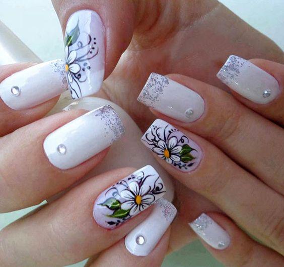 Фото с дизайном нарощенных ногтей