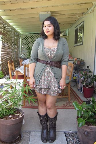 Cute Dresses To Wear With Cowboy Boots pics