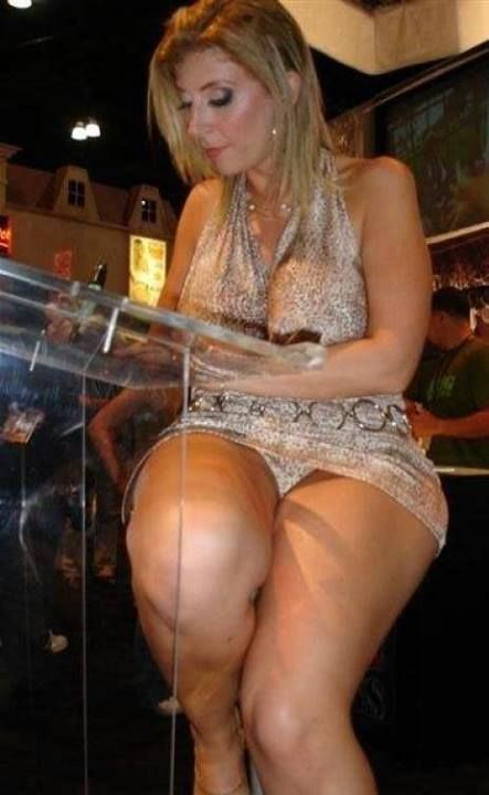 Big Girl Milf On The Prowl Milf Queens Pinterest Sexy Sexy Legs And Skirts