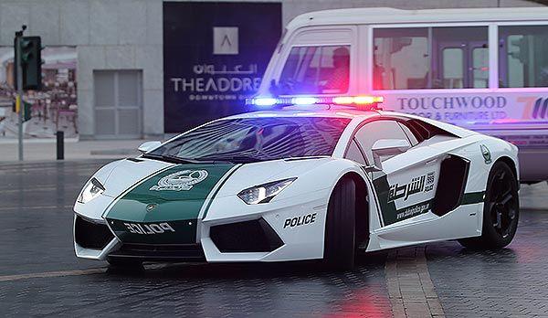 「アヴェンタドール(Aventador )」主要諸元