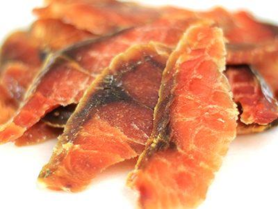 鮭とばを,薄くスライスして食べやすくしました http://www.nambu.ne.jp/?pid=46569796