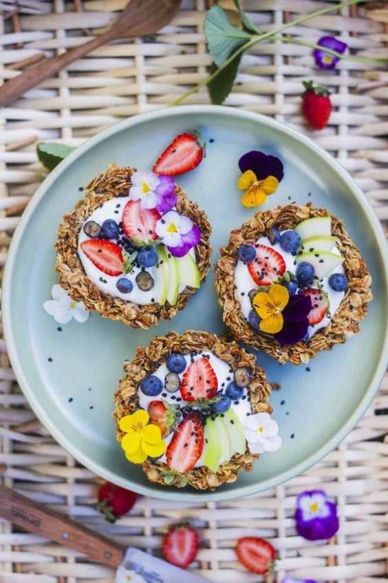 Granola Breakfast Tarts: