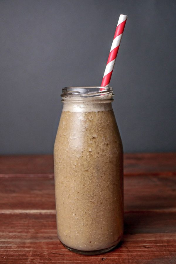 Energizing Coffee Breakfast Smoothie Recipe with Banana, Almond Butter, and Honey