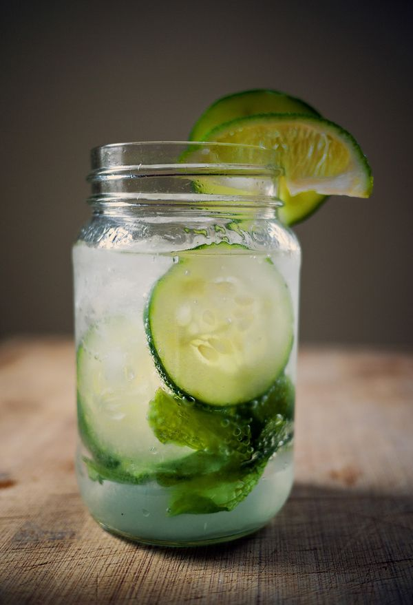 Perfect Spring Drink! Cucumber Mint Lime Mojito