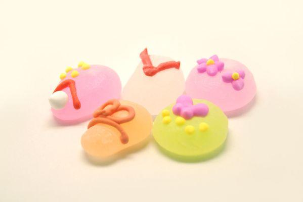 京まいこちゃんボンボン 俵屋吉富 - 京都和菓子 - コトログ京都和菓子
