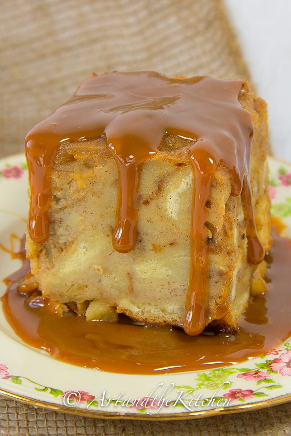 Delicious Apple Bread Pudding with Caramel Sauce (Dulce de Leche)