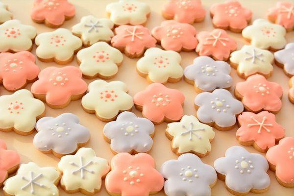 Cookies Cute with sakura leaves