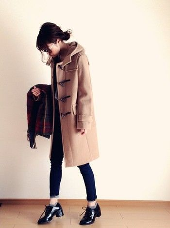 少ない服で、上手に着まわす。ミニマリストにおすすめの「今年の冬の定番アイテム」 | キナリノ