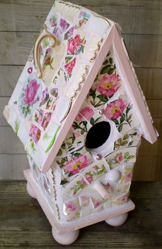 This pretty birdhouse is painted a soft satin pink, and sits on four ball feet. Ive used lots of vintage and newer china! Patterns include:
