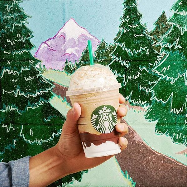 Gather 'round the  for a story of the #SmoresFrappuccino return... ⛺️
