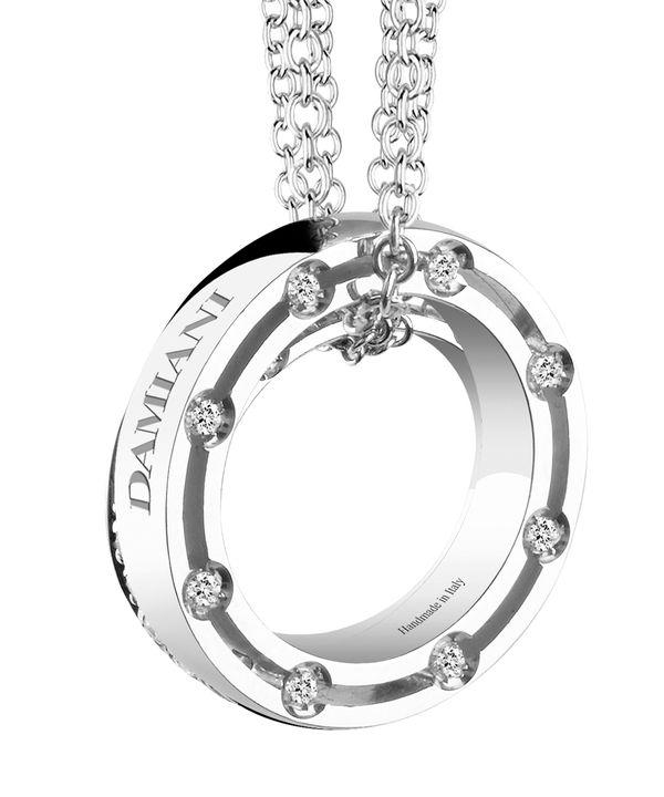 至高のジュエリーブランド・ダミアーニのネックレスを一挙ご紹介!ブラピも愛用!