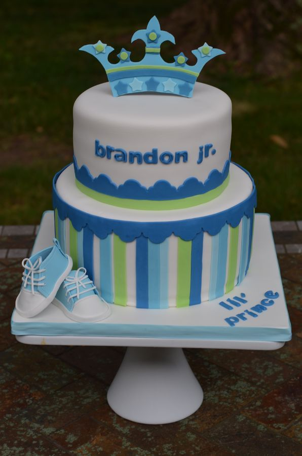Baby shower cake via
