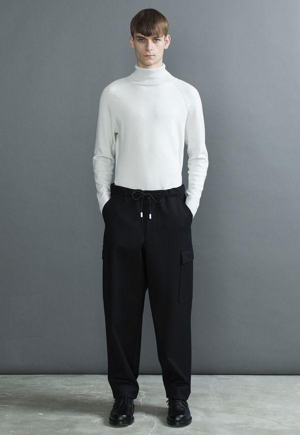『ザリラクス』日本生まれの新鋭ブランド|着る人をより美しく魅せるSimpleBasicデザイン