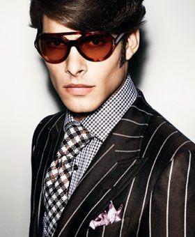 トムフォードスーツの魅力とは!?究極のダンディズムはスーツで男の色気を魅せる