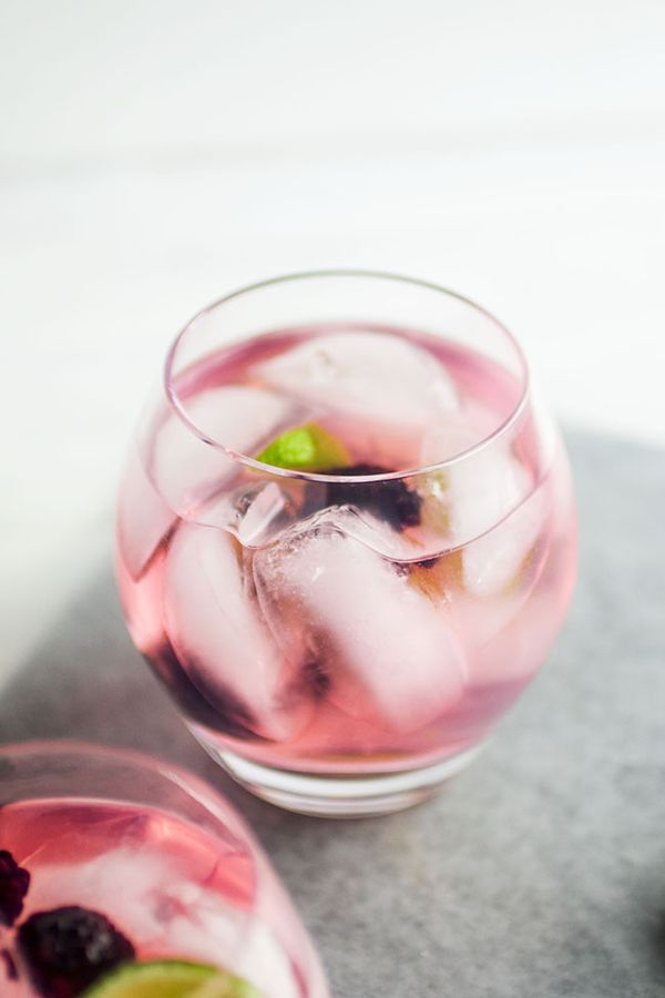 Blackberry Vodka Tonics | Shake up your cocktail game with these easy, flavorful Blackberry Vodka Tonics - made with simple home-infused blackberry vodka! The perfect summer drink recipe.