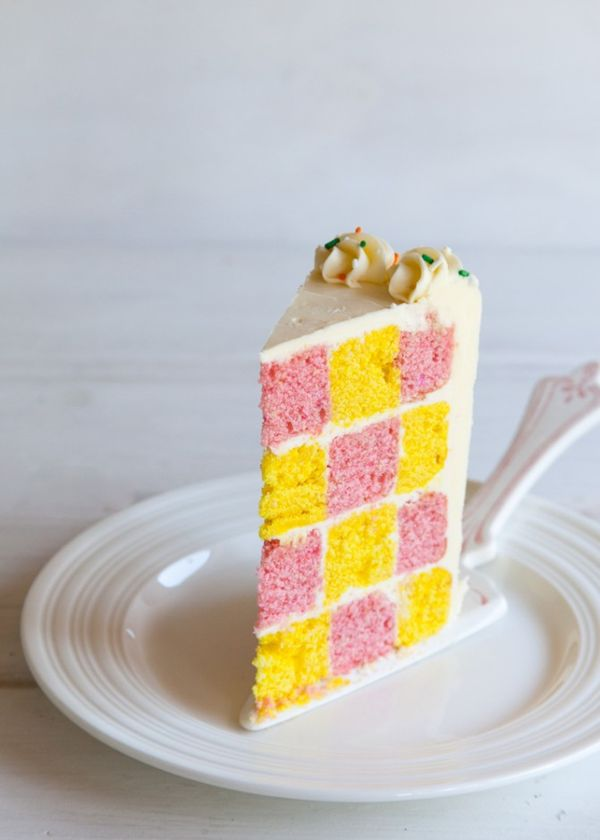 How to Make a Checkerboard Cake - Style Sweet CA