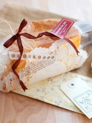 「シフォンケーキ(ノンオイル)のラッピング」Miraさんの3分間ラッピング | お菓子・パンのレシピや作り方【corecle*コレクル】