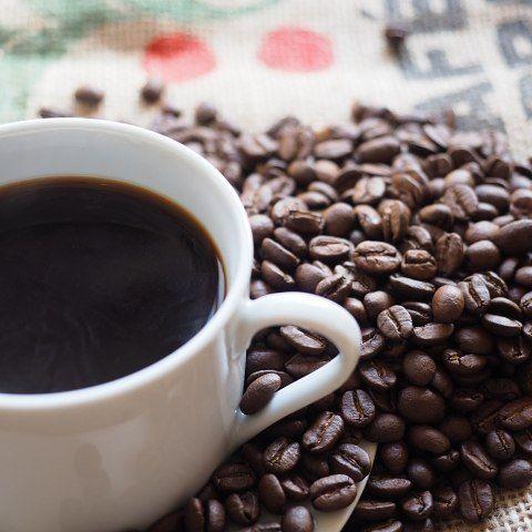 インスタントコーヒーでもおいしく飲みたい!ほんのひと手間でいつもと違う味を!