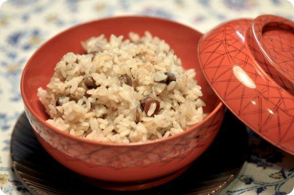 Nara Chameshi (Rice cooked in Japanese Tea)   奈良茶飯