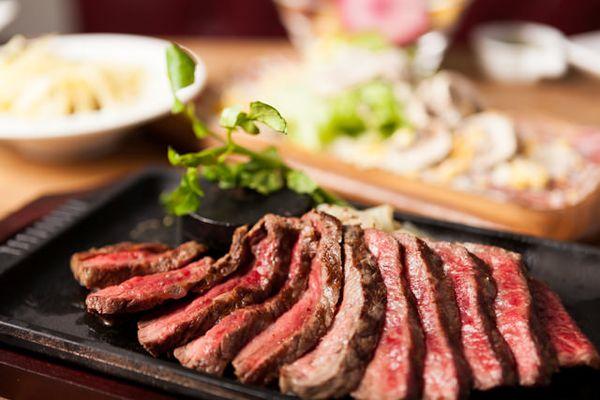 ステーキの最強20レシピ!知っておきたい焼き方&下ごしらえのコツ