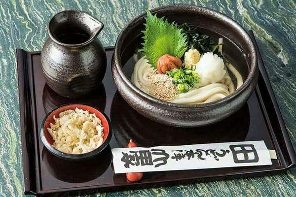 4000人が行列『山田屋』のうどん食べに行こう!老舗の味に舌鼓♡