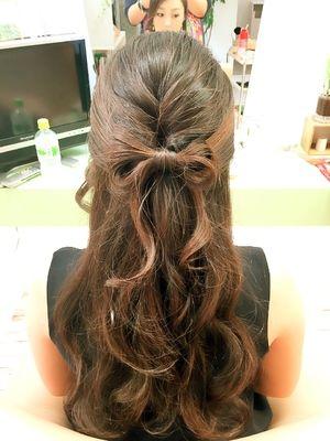 リボンハーフアップ|SQUIERのヘアスタイル