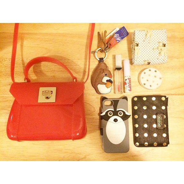 @kiki_babylamb - #furla #candybag #insidemybag #mybag #bag...