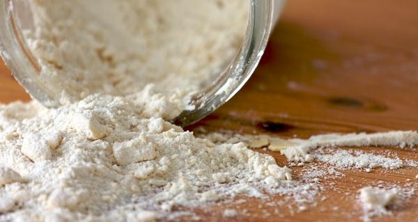 常温では危険!「粉物」の正しい保存方法で安心&安全な食生活を。