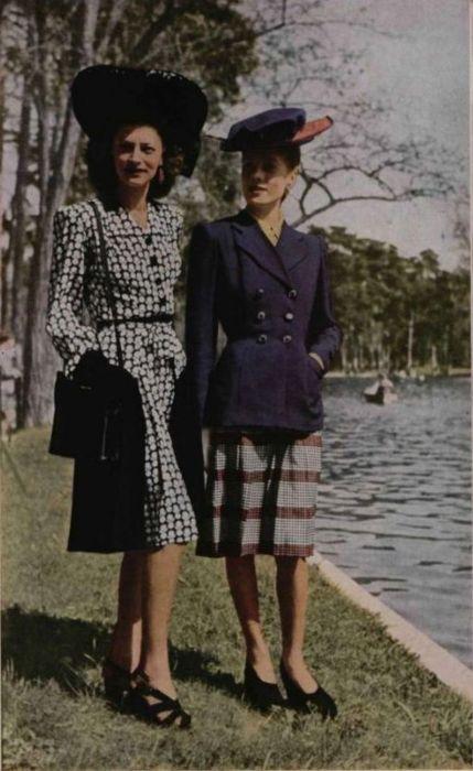 Robert Piguet Outfits - 1943
