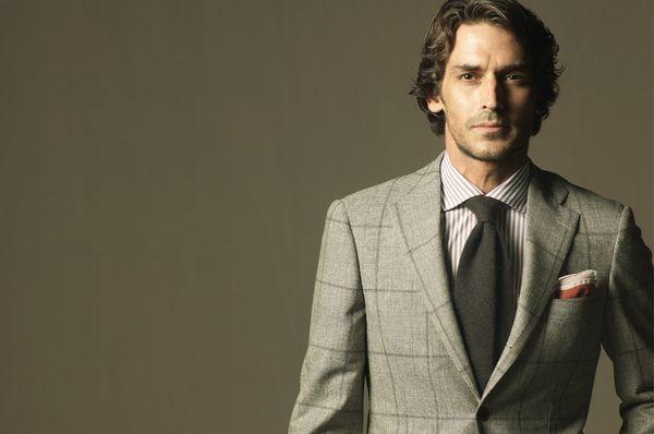 【デキるメンズはスーツが違う!!】「男」を上げるスーツの選び方と着こなし方