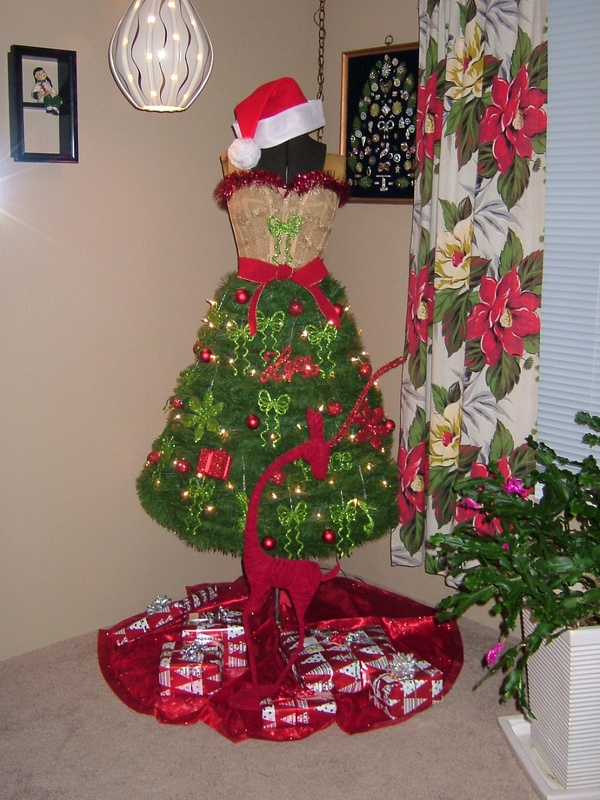 1000 Images About Christmas Mannequin On Pinterest