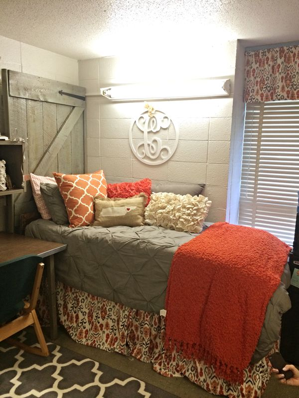 6613457bc53ff2b37e3006d3aea59892jpg 600×799 pixels  ~ 152515_Rustic Dorm Room Ideas