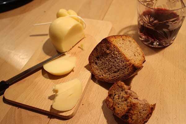 tonight's main dish: caciocavallo, pain de campagne, tea bread, nuts & dry fruits, red wine, then green tea