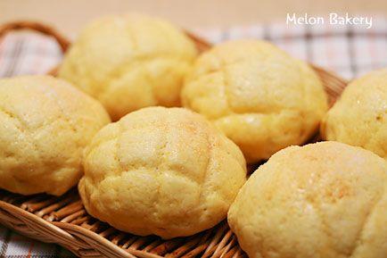 ロールパンでメロンパン!ホットケーキミックスでさらにお手軽なレシピ♪