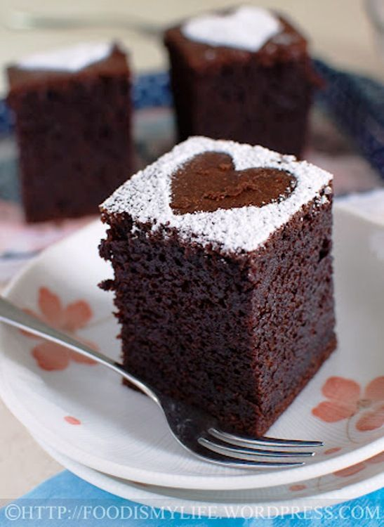 Baileys Chocolate Cake-This version of Baileys Cake is a lazy-person-cake: no electric mixer required, just a whisk, a pot, two bowls and a sieve. The resulting cake is moist, but light in texture. It has a wonderful Baileys aroma and has a slight hint of Baileys.
