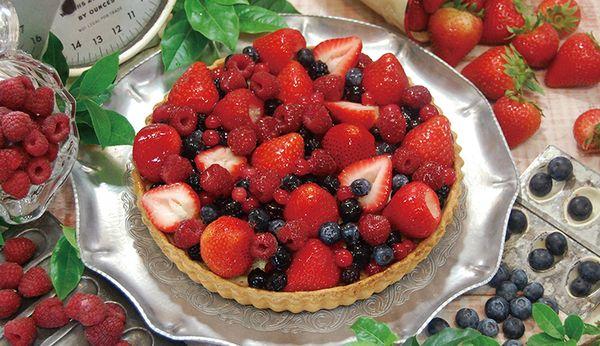 赤いフルーツのタルト|グランメゾン銀座|メニュー|こだわりのタルト、ケーキのお店。 キルフェボン