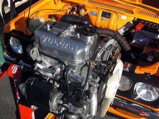 4サイクル化することで昭和50年規制に対応にた2G21型、通称バルカンエンジン