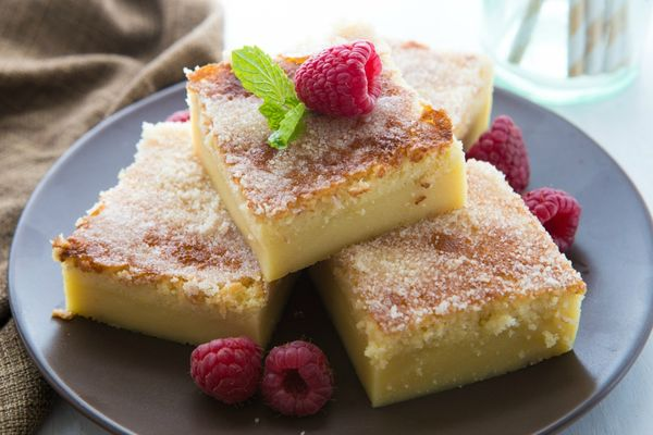 Magic Creme Brulee Bars--a twist on those delicious make-their-own-layered Custard Bars!