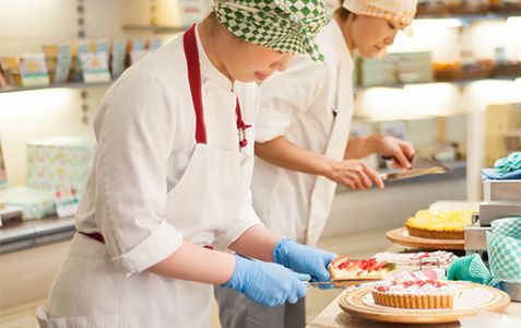 こだわりのタルト、ケーキのお店。 キルフェボン