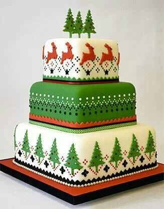 Scandinavian designs on a Christmas cake - charming, and uncomplicated production.