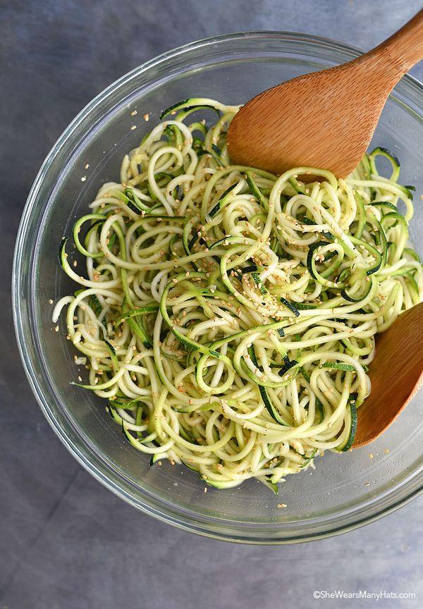Sesame Zoodles Recipe | http://shewearsmanyhats.com/sesame-zoodles-recipe/